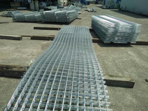 1 kg lưới b40 dài bao nhiêu mét