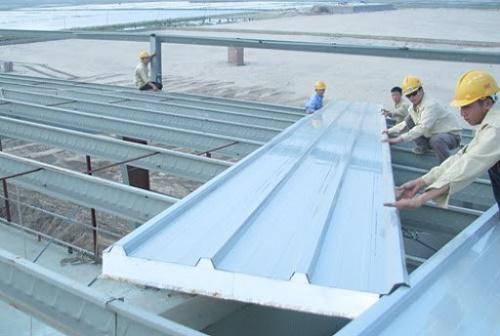 Nên sử dụng tôn lợp mái chống nóng giúp căn nhà bạn trở lên mát mẻ hơn