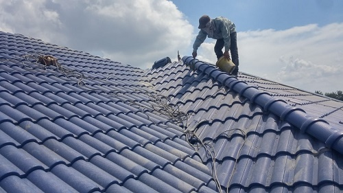 Thi công mái tôn đúng kĩ thuật sẽ giúp tôn nhà bạn được bền lâu theo thời gian